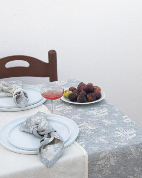 Tre Gioie Mughetto blu tablecloth detail