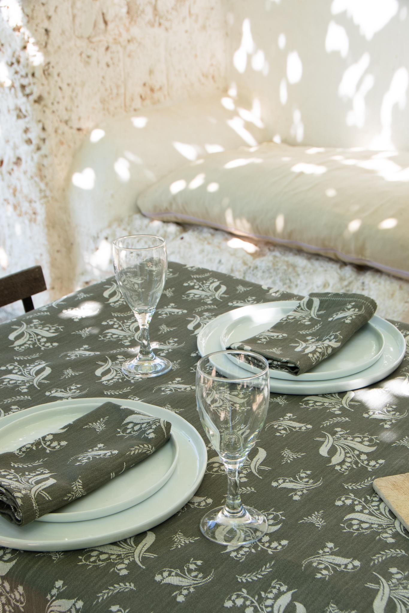 tregioie_tablecloth_mughettoverde